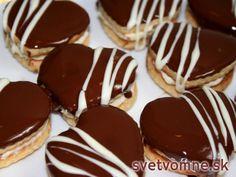Medové srdiečka Sweet Cookies, Xmas Cookies, Cake Cookies, Slovak Recipes, Czech Recipes, Christmas Sweets, Christmas Baking, Nazook Recipe, Eid Food