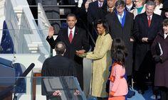 Tổng thống Mỹ Barack Obama trong lễ tuyên thệ nhậm chức năm 2009. Ảnh: Washington Post      Nghi lễ chuyển giao quyền lực trong hòa bình giữa các đời tổng thống Mỹ có chi phí khổng lồ. Theo Washington Post, cộng tổng các khoản, lễ nhậm chức của tổng thống đắc cử Mỹ Donald Tru...