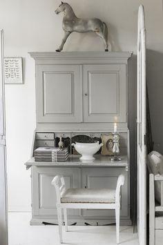 Vintagebynina ▇  #Vintage #Home #Decor  via - Christina Khandan  on IrvineHomeBlog - Irvine, California ༺ ℭƘ ༻