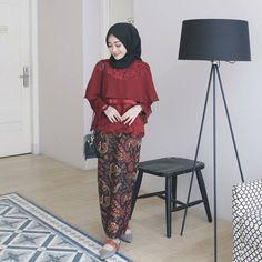 Model Kebaya Brokat Modern, Kebaya Modern Hijab, Kebaya Hijab, Kebaya Dress, Kebaya Muslim, Modest Fashion, Hijab Fashion, Girl Fashion, Batik Fashion