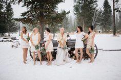 3 Brautjungfernkleider mix and match hochzeit im Winter spitze feder bolero Hochzeit in Beige – Naturfarben Hochzeit Inspiration