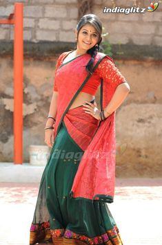 Beautiful Girl In India, Beautiful Girl Image, Beautiful Saree, Beautiful Bollywood Actress, Most Beautiful Indian Actress, Beauty Full Girl, Beauty Women, Actress Priya, Indian Navel
