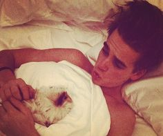 Joe sugg holding Zoe's guinea pig!!! This is just such a cute photo!!!