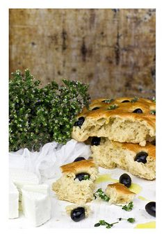 Thyme & olives focaccia