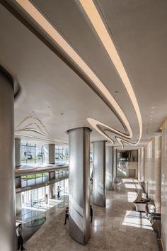 Zaha Hadid reveals interiors for ME Dubai Hotel. | Pao Architecture ...