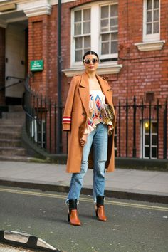 The Best Street Style from London Fashion Week... - Fall-Winter 2017 - 2018 Street Style Fashion Looks