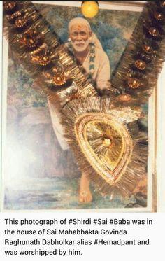 Sai Baba Pictures, God Pictures, Spiritual Religion, Sai Baba Quotes, Sathya Sai Baba, Baby Krishna, Om Sai Ram, Krishna Images, Indian Gods