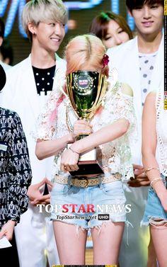 Taeyeon (a primeira coisa que reparei foi no The8 e Mingyu lá atrás)