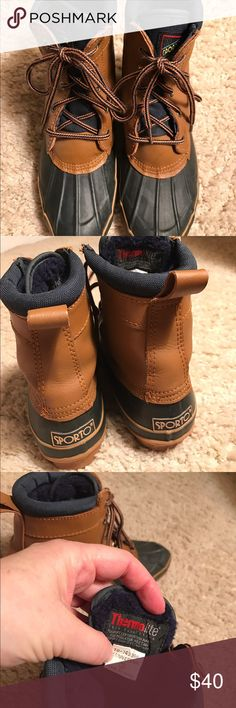 Sporto women's duck shoes boots 7 Sporto navy blue snow boots  women's 7. Very comfortable. No box. Sporto Shoes Winter & Rain Boots