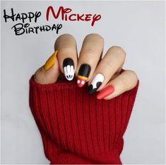 Birthday nails art mickey mouse 26 new Ideas Ongles Mickey Mouse, Mickey Mouse Nail Design, Mickey Nails, Minnie Mouse Nails, Nail Art Disney, Disney Acrylic Nails, Disney Nail Designs, Best Acrylic Nails, Birthday Nail Art
