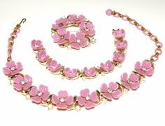 Stunning Signed Lisner Demi Parure Lavender Lilac Purple Flower Necklace Bracelet Brooch Beautiful Lucite Thermoset Set with Rhinestones
