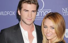 It's officially: Miley Cyrus and Liam Hemsworth are engaged