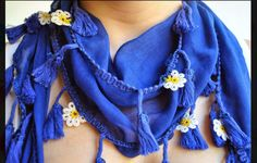 Crochet flowered scarf. by Citipitishop on Etsy, $45.00
