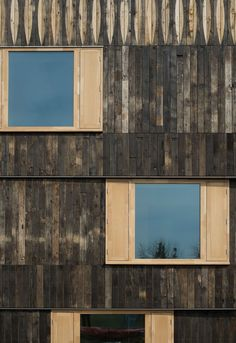 Churchill College, University Cambridge, reclaimed oak facade is complete, May 2016
