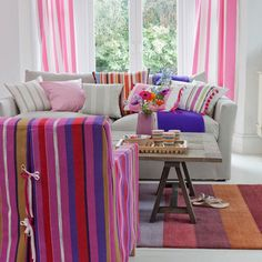 Google Image Result for http://housetohome.media.ipcdigital.co.uk/96/000012f5c/21fb_orh550w550/Candy-striped-living-room.jpg