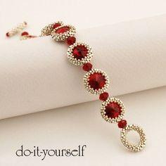 PDF Siam Eyes Bracelet step by step por en Etsy Seed Bead Jewelry, Bead Jewellery, Beaded Jewelry, Jewelery, Handmade Jewelry, Seed Beads, Beaded Brooch, Beaded Bracelet Patterns, Jewelry Patterns
