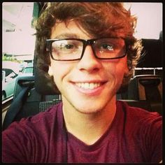 Keaton Stromberg you are adorkable!!!
