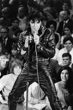 Elvis Presley's Birthday: See The King Of Rock 'N' Roll's Evolution (PHOTOS)