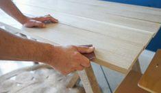 DIY pour fabriquer une table à manger rustique - Table pour salle à manger - 18h39.fr Table Plancha, Grande Table A Manger, Diy Table, Deco, Kitchen, Home, Rustic Dining Table Set, Oak Dining Table, Warm Kitchen