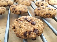 Galletas de avena y chocolate - Recipes by me - desserts Sweet Recipes, Real Food Recipes, Cookie Recipes, Dessert Recipes, Desserts, Vegetarian Recipes, Healthy Recipes, Cookies Light, My Dessert