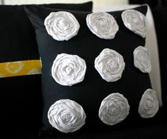 "diy pillow: kind of reminds me of ""Alice in Wonderland"" painting the roses red!;)"