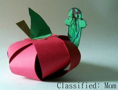 """Teacher's Pet"" Apple Paper Sculpture from Classified: Mom Alphabet Crafts, Letter A Crafts, Apple Art Projects, Worm Crafts, Fall Crafts, Crafts For Kids, September Art, Classroom Projects, Classroom Themes"