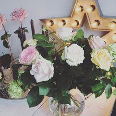 "HomeStylingInspiration op Instagram: "" #homestylinginspiration #home #homedeco #homeinspo #homeinspiration #homestyling #homestylinginspo #homestylingideas #homestylingtips #homesweethome #homedecoration #homedecorating #homedecor #instadecor #inspiration #instahome #interior #instainterior #decor #interiordesign #sissyboy #roses"""