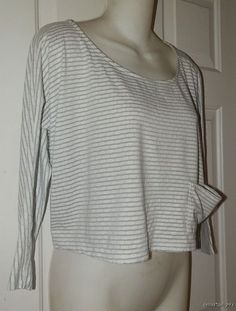Womens ANTHROPOLOGIE Pure + Good TOP M Medium White Gray Cropped Lagenlook