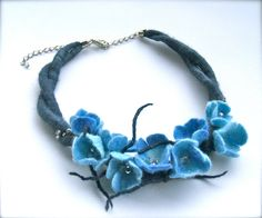 Blue flowers necklace felt flowers felt necklace от jurooma
