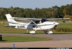 Cessna Skylane Is the Second Most Popular Cessna Model, After the 172 - Over Built – Photographed at Anoka County–Blaine Airport (ANE - KANE) Anoka County, Minnesota - 16 September 2014 Cessna Aircraft, Piper Aircraft, Airplane For Sale, Float Plane, Private Plane, Aeroplanes, September 2014, Pilots, Sun Lounger