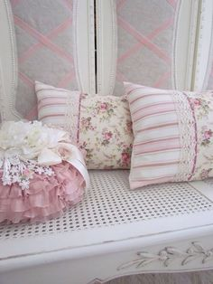 Beautiful pillow, love the sheer pink ruffles and pretty ivory flower finishing it off! The shams are just lovely, with the lace trim~❥
