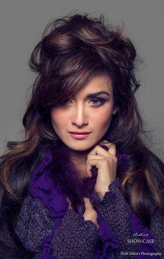 Nadia Khanom Nodi is an actress, ramp and fashion model in Bangladesh. She looks very simple and pretty. Here is her latest photo shoots. Hottest Photos, Fashion Models, Photoshoot, Actresses, Celebrities, Pretty, Emily Blunt, Girls, Female Actresses