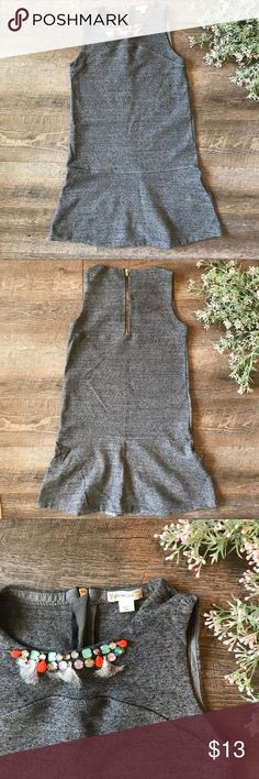 Crew Cuts Dress Adorable grey Crew Cuts dress! In good condition. Cute detail on the front although a little matted up. Size 14 kids. See images for measurements. J. Crew Dresses