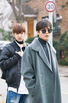 See the face of shin woo ho  He looking so childish