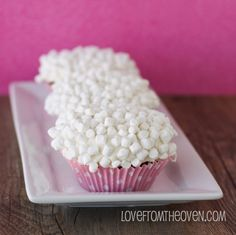 hot cocoa cupcakes with marshmallow buttercream frosting. MARSHAMLLOW BUTTERCREAM FROSTING