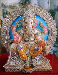 Make this Ganesha Chathurthi 2020 special with rituals and ceremonies. Lord Ganesha is a powerful god that removes Hurdles, grants Wealth, Knowledge & Wisdom. Ganesh Lord, Sri Ganesh, Lord Shiva, Ganesh Wallpaper, Clock Wallpaper, Iphone Wallpaper, Ganesha Pictures, Ganesh Images, Lord Ganesha Paintings