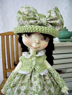 Green Apple Blossom Outfit for Connie Lowe Sprockets, Sprocket made by Ulla