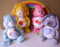 Love the elephant Polymer Clay Figures, Fondant Figures, Fimo Clay, Polymer Clay Projects, Polymer Clay Charms, Clay Crafts, Care Bears, Clay Bear, Clay Figurine