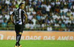 Ricardo Oliveira descarta folga e vai ao CT do Santos tratar joelho direito  http://santosjogafutebolarte.comunidades.net/seu-placar-de-santos-x-corinthians