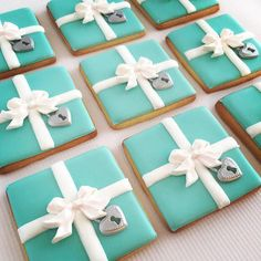 Bridal shower desserts recipes tiffany blue 49 New ideas Tiffany Box, Tiffany Blue Party, Tiffany Birthday Party, Tiffany Cakes, Tiffany Theme, Azul Tiffany, Tiffany Blue Cupcakes, Fancy Cookies, Cupcake Cookies