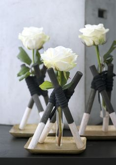Zo eenvoudig kan het zijn! Single rose arrangement - diy | Bloemenagenda | Bloemenbureau