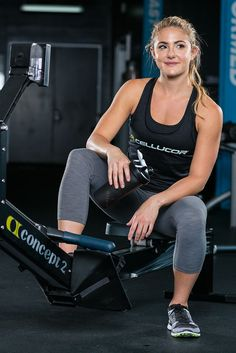 Looking for an alternative to ordinary cardio for your summer sweat session? Jump over to the rowing machine and mix intervals with bodyweight moves!