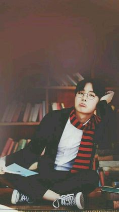 Kpop is best but big bang is best but this is bts Jimin, Bts Bangtan Boy, Jung Hoseok, Gwangju, Foto Bts, K Pop, Namjoon, Taehyung, Bts Memes