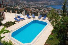 Tesis: #1304 Kalkan, Kaş / Antalya Deniz manzarasına sahip, Kalkan'ın merkezine yürüme mesafesinde olan bu villa, özellikle akşamları inanılmaz manzarası ve yıldızlarla size güzel bir tatilin davetiyesini vermektedir. Ayrıntılı bilgi için > http://bit.ly/2s9sZ7X #KiralikVilla #KiralikYazlikVilla #YazlikKiralikVilla #BalayiVillasi #KiralikApart #TatilVillasi #TatilVillalari #MuhafazakarTatilVillasi #VillaKiralama #VillaKiralik #KiralikVillalar #DogaIcindeVillalar #EkonomikVillalar…