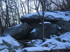 Robins Bouldering Page: Northwest Branch- Roof Area