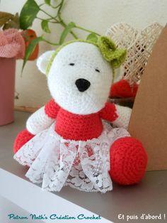 Petite oursonne ballerine - patron Nath's Création Crochet