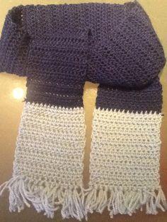 Simpele sjaal is snel te maken met halve stokjes. Gemaakt voor mjn zoontje