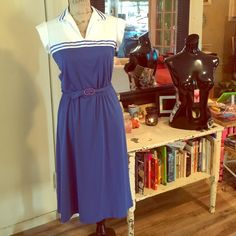 Vintage dress Sailor inspired? Sailor moon? Idk but this dress is a beauty! 100% polyester Tag says size 11/12 fits medium best , brand is junior wiz. Shoulder to hem measures 41 inches long. Waist measures 15 inches , armpit to armpit 19 inches Vintage Dresses Midi