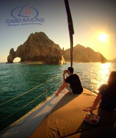 Tour Cabo's beautiful scenery on a Sunset Sailing Cruise with Cabo Sailing - Ocean Adventures. Perfect for any Cabo vacation! #LuxLifeVacations