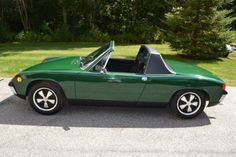 Porsche : 914 Roadster/ I had this same color, I believe it was called zambezi green. Why did i ever get rid of it? Vintage Sports Cars, Classic Sports Cars, Vintage Cars, Classic Cars, Porsche 914, Porsche Sports Car, Porsche Cars, Vintage Porsche, Top Cars